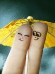 Couple-finger-love